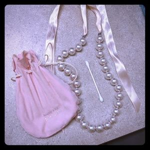 Mary Kay Pearl Necklace.